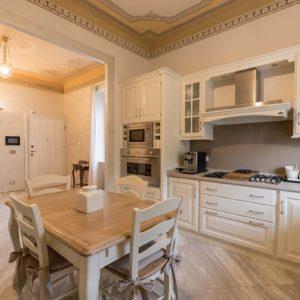 1-cucina_bianca_rustica