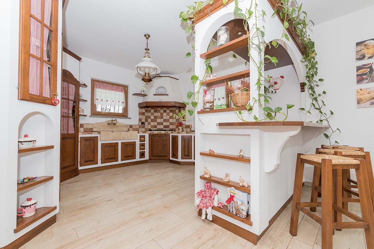 Cucine rustiche in muratura a Genova - Mobili Zena